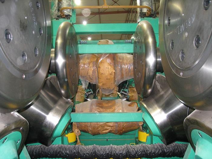 高频焊管生产线-排辊成型